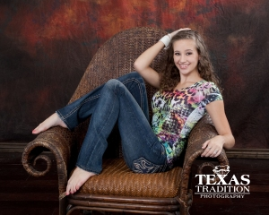 Carrollton Senior Photographer Lisa Manis photographs 2013 high school senior McKenzie in Plano.